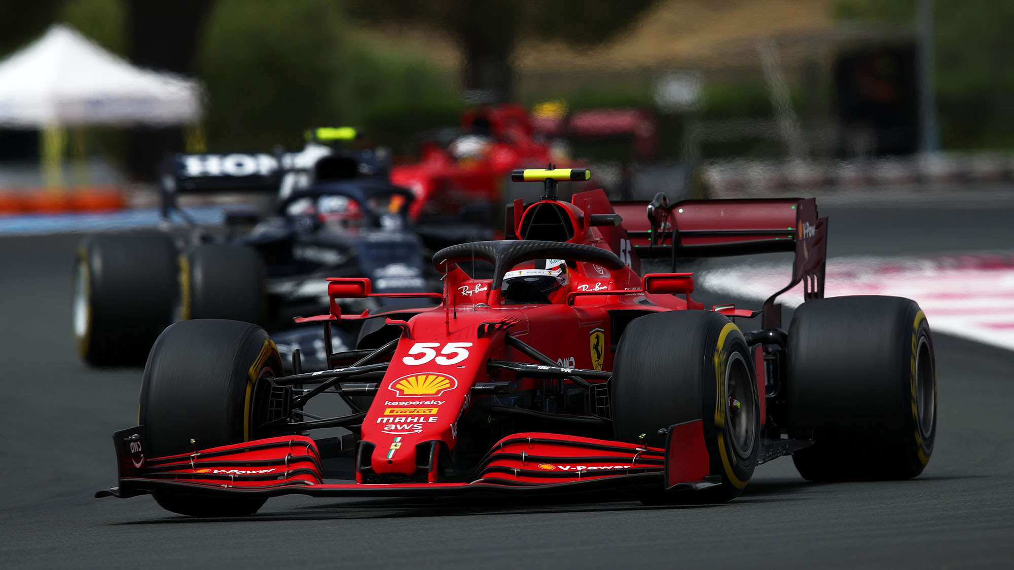 LE CASTELLET, FRANCE - JUNE 20: Carlos Sainz of Spain driving the (55) Scuderia Ferrari SF21 on track during the F1 Grand Prix of France at Circuit Paul Ricard on June 20, 2021 in Le Castellet, France. (Photo by Joe Portlock - Formula 1/Formula 1 via Getty Images)