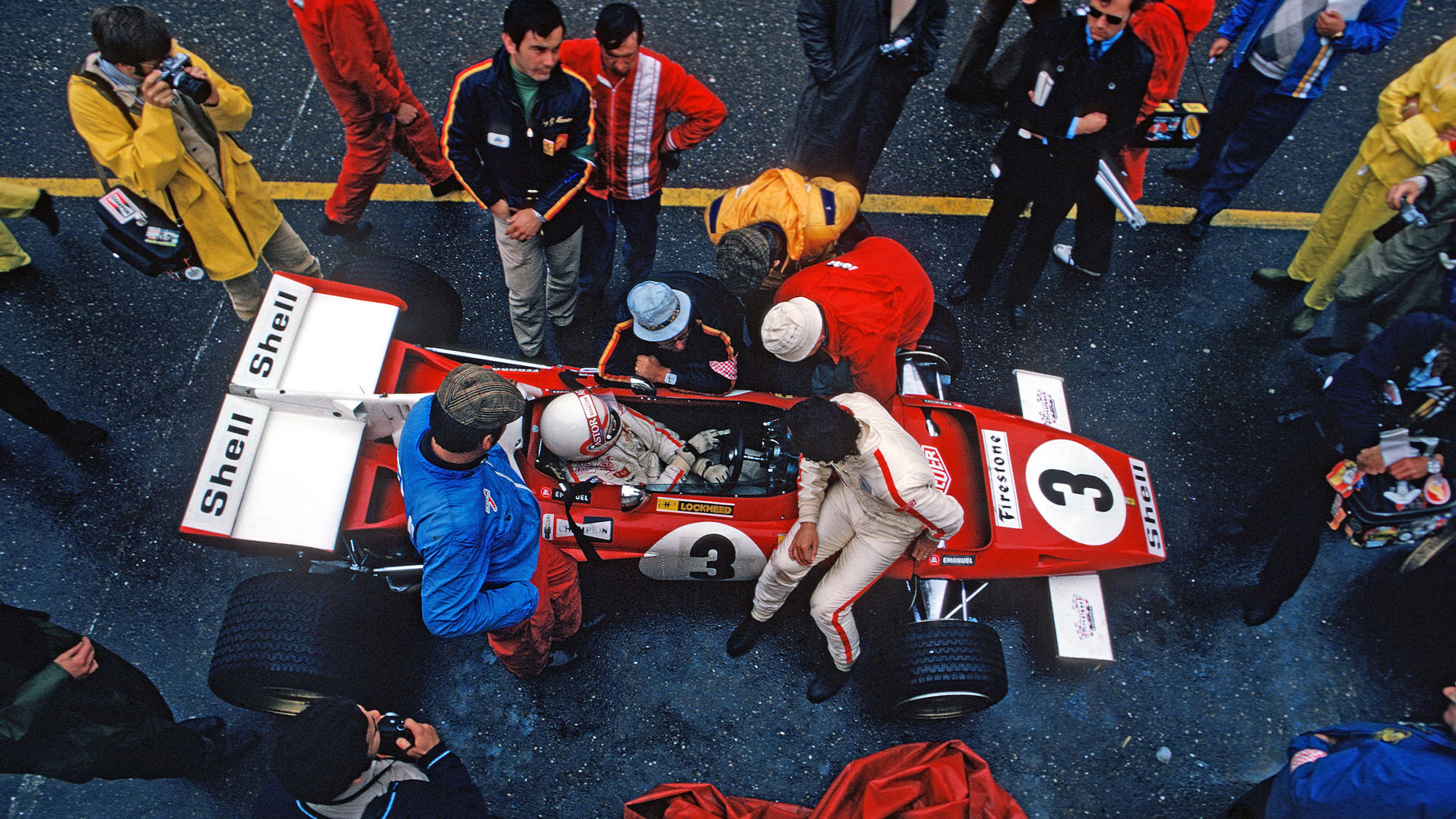 Clay Regazzoni and Jacky Ickx in the pits at the 1971 Dutch grand Prix