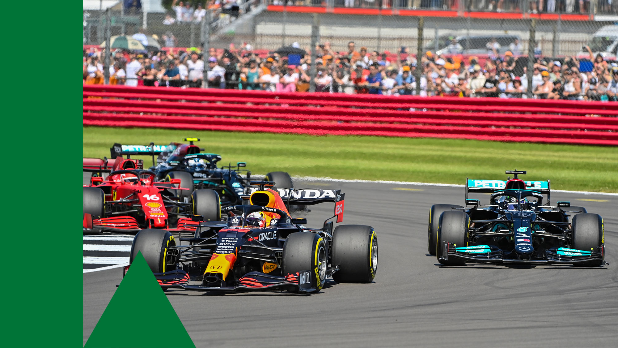 33 VERSTAPPEN Max (nld), Red Bull Racing Honda RB16B, action 44 HAMILTON Lewis (gbr), Mercedes AMG F1 GP W12 E Performance, action 16 LECLERC Charles (mco), Scuderia Ferrari SF21, action during the Formula 1 Pirelli British Grand Prix 2021, 10th round of the 2021 FIA Formula One World Championship from July 16 to 18, 2021 on the Silverstone Circuit, in Silverstone, United Kingdom - Photo DPPI